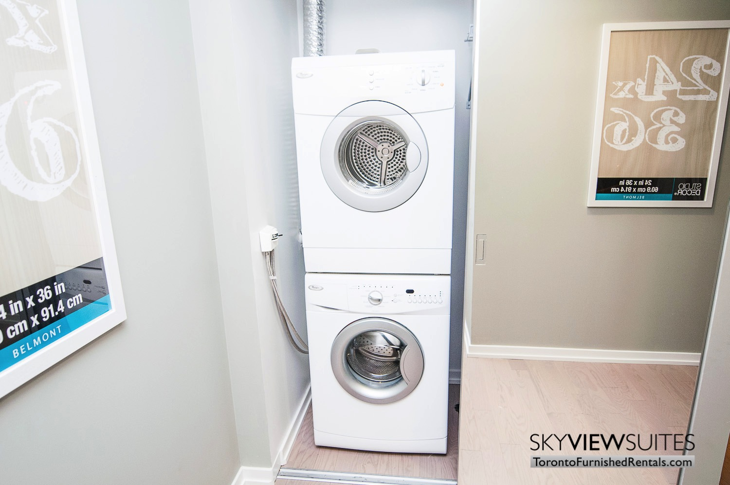 short-term-rentals-toronto-living-laundry-financial-district
