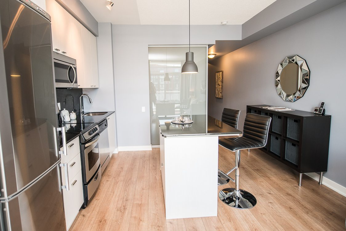 King west furnished apartment kitchen