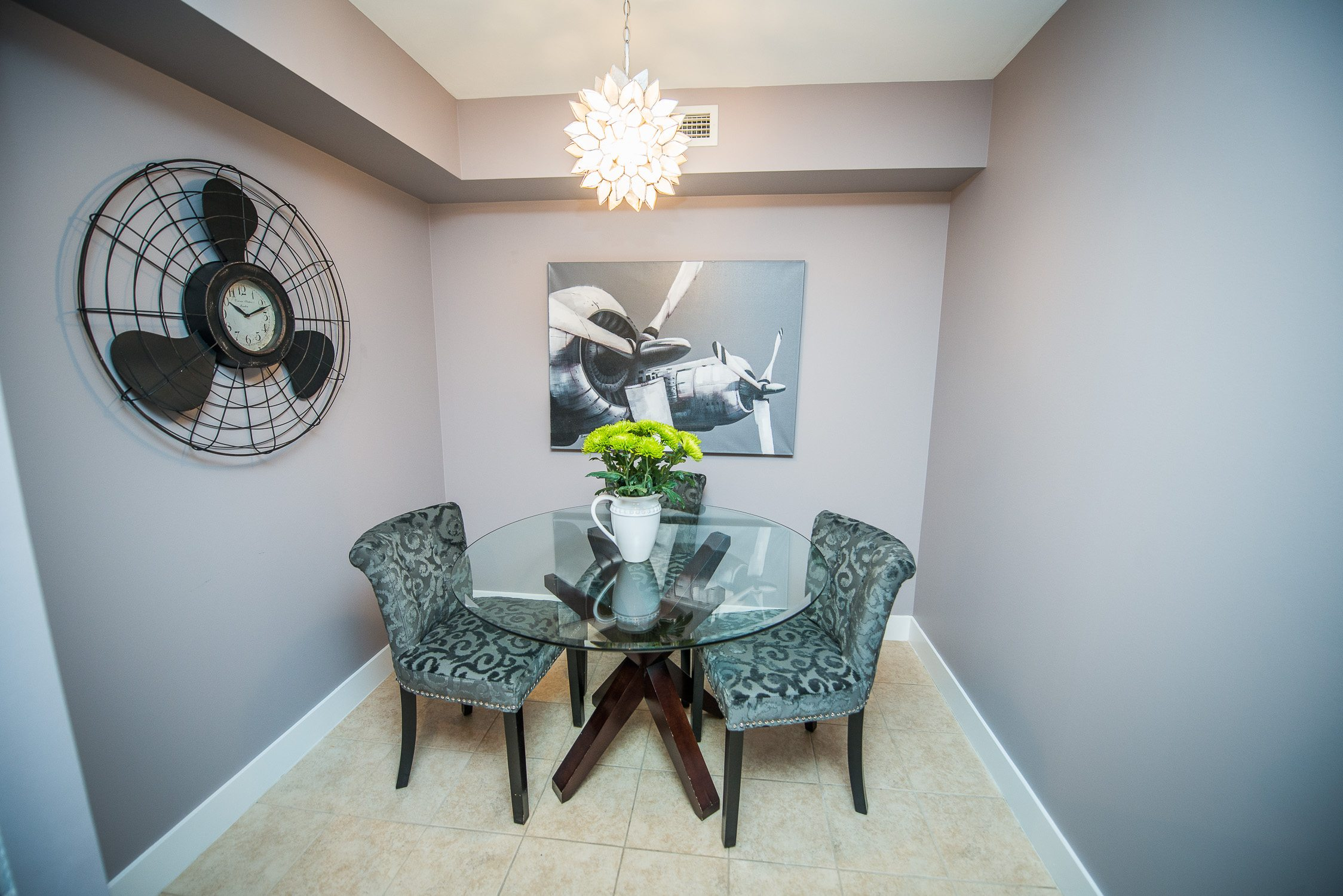 toronto furnished apartment dining table