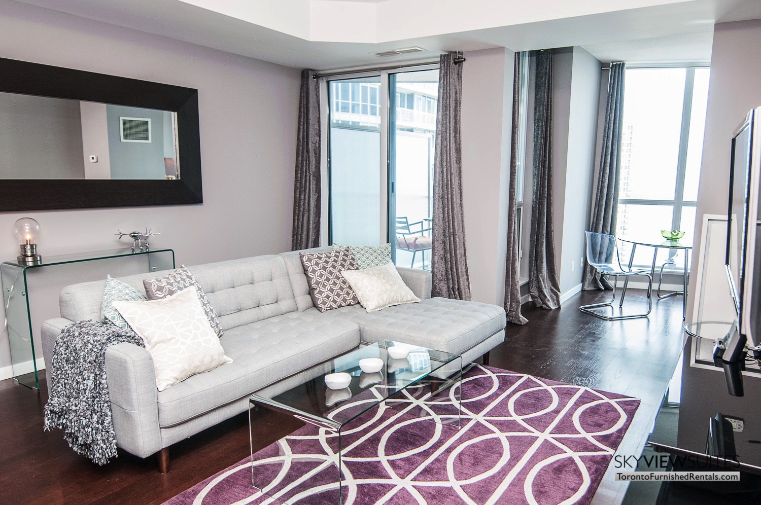furnished-apartment- living-room-waterfront