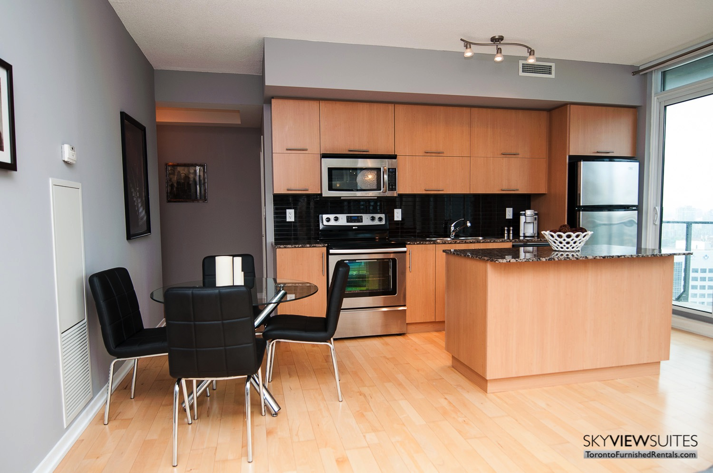 short-term-rentals-toronto-kitchen-maple-leaf-square