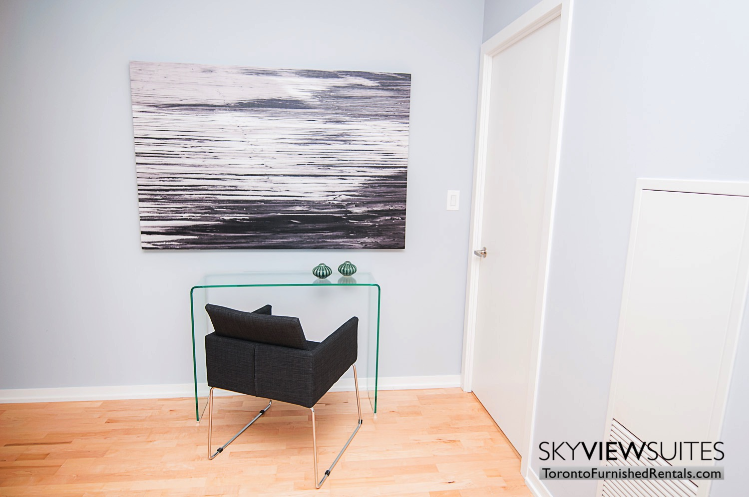 MLS furnished condo toronto desk