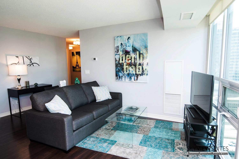 short-term-rentals-toronto-living-living-room-entertainment-district