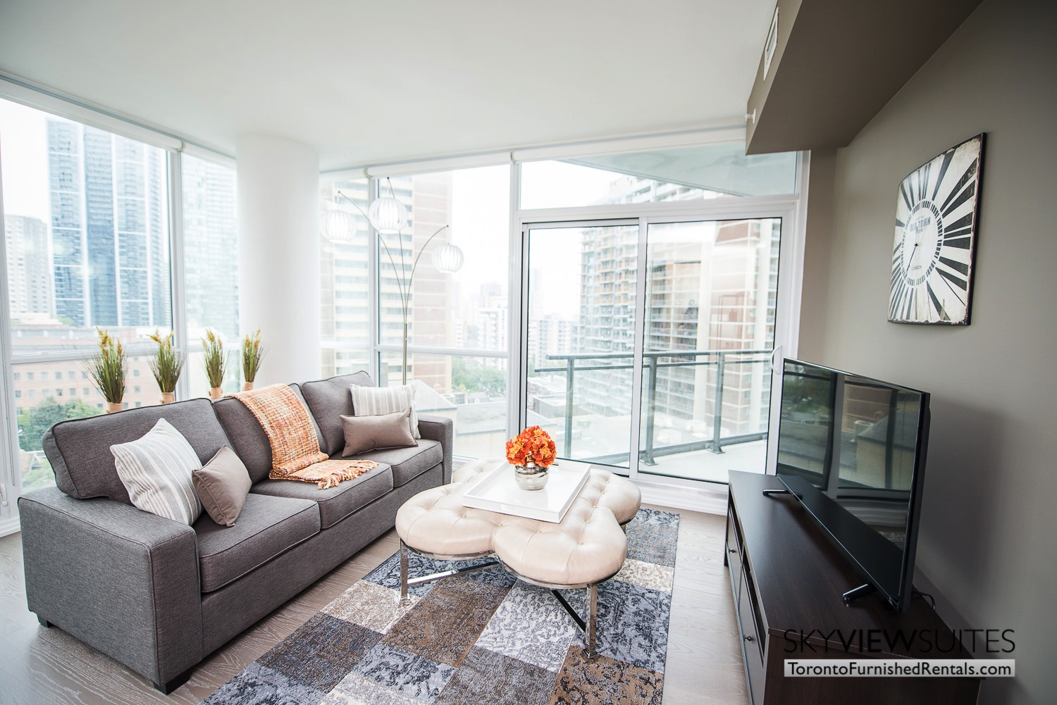 Yorkville A - 1 Bedroom plus Den Furnished Extended Stay Suite