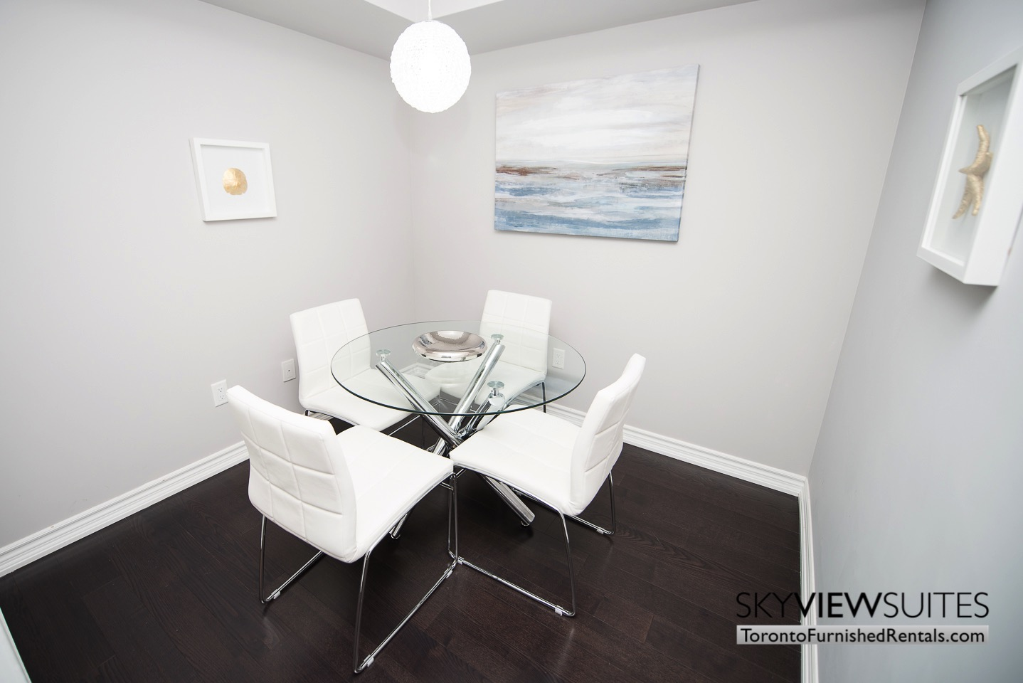 furnished-rentals-toronto-kitchen-college