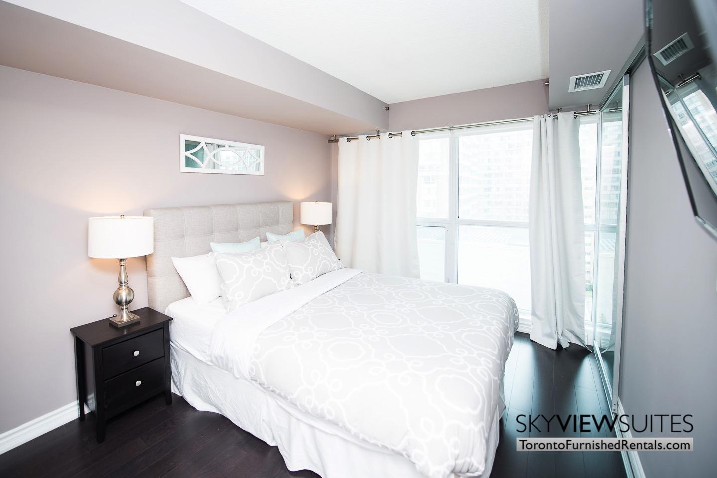 furnished-rentals-toronto-bedroom-college
