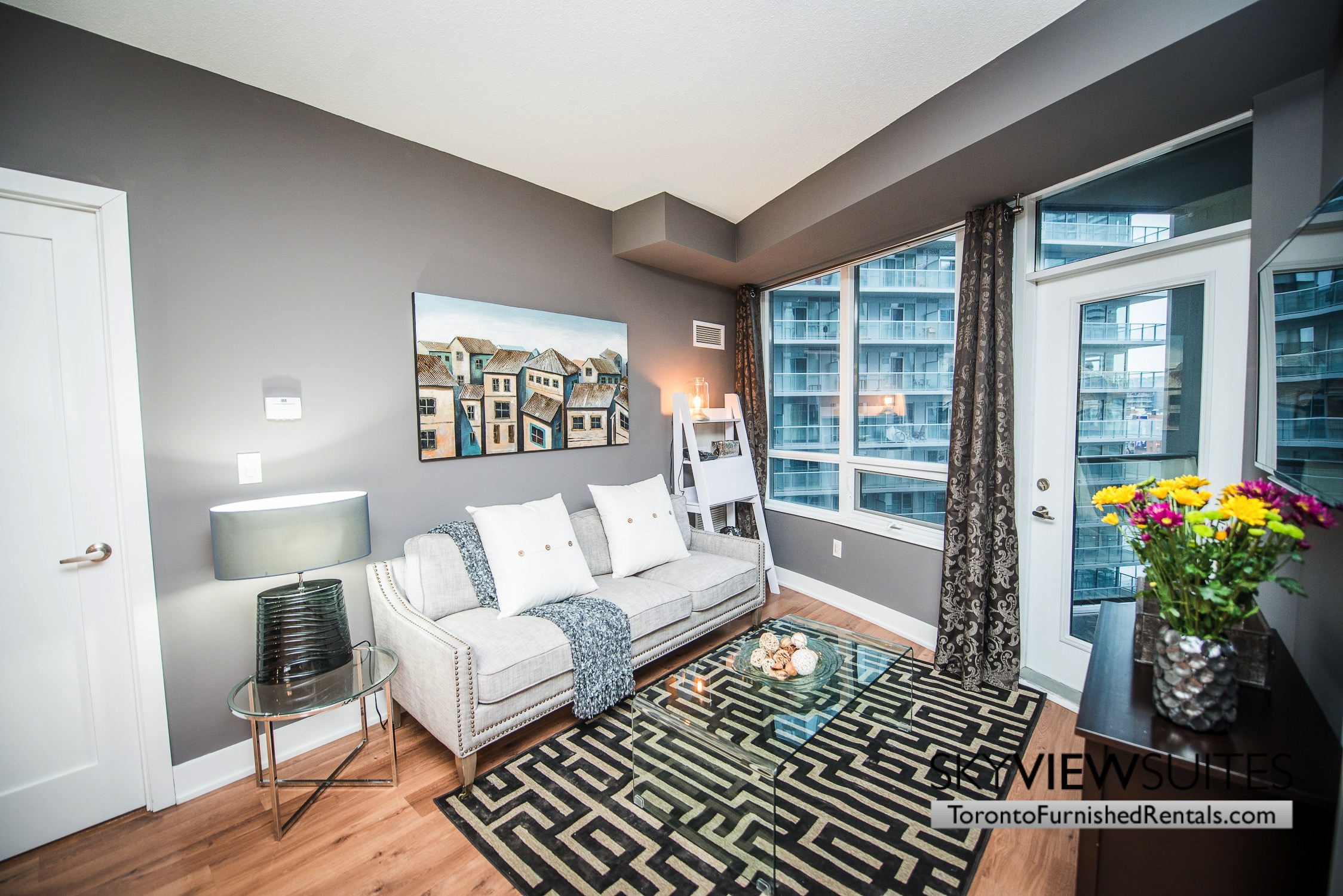 furnished-apartments-living-room-entertainment-district