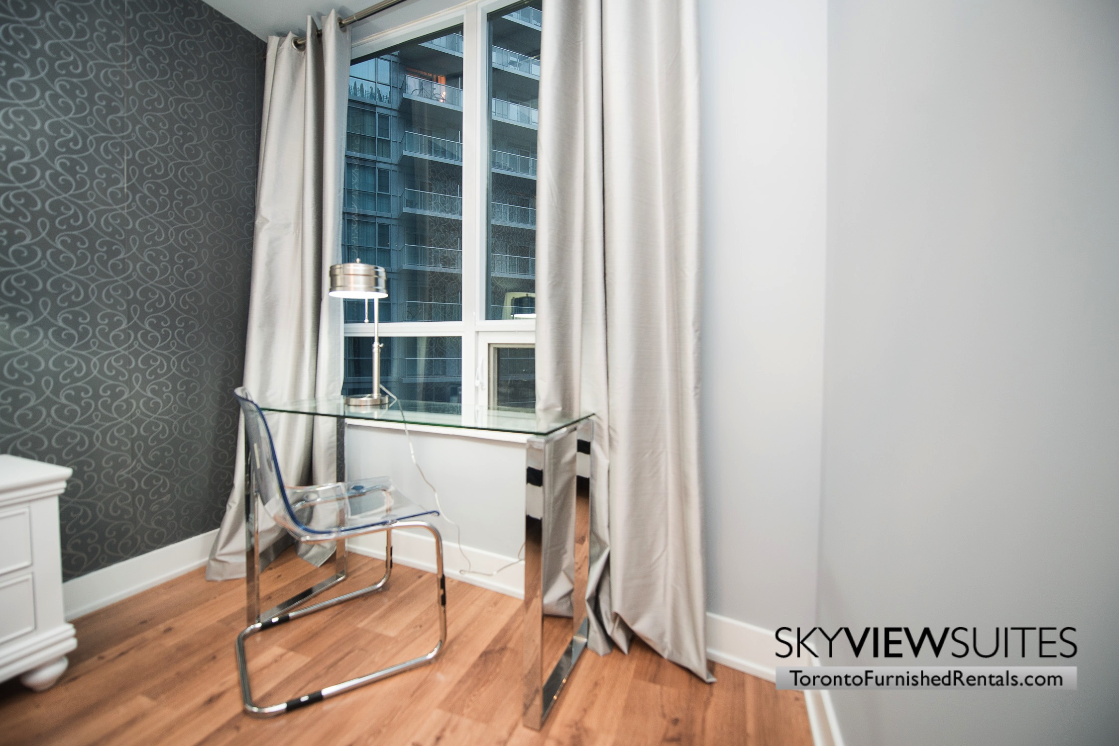 furnished-apartments-office-entertainment-district