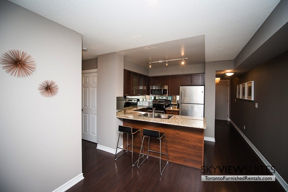 furnished-apartments-toronto-kitchen-bay-and-college