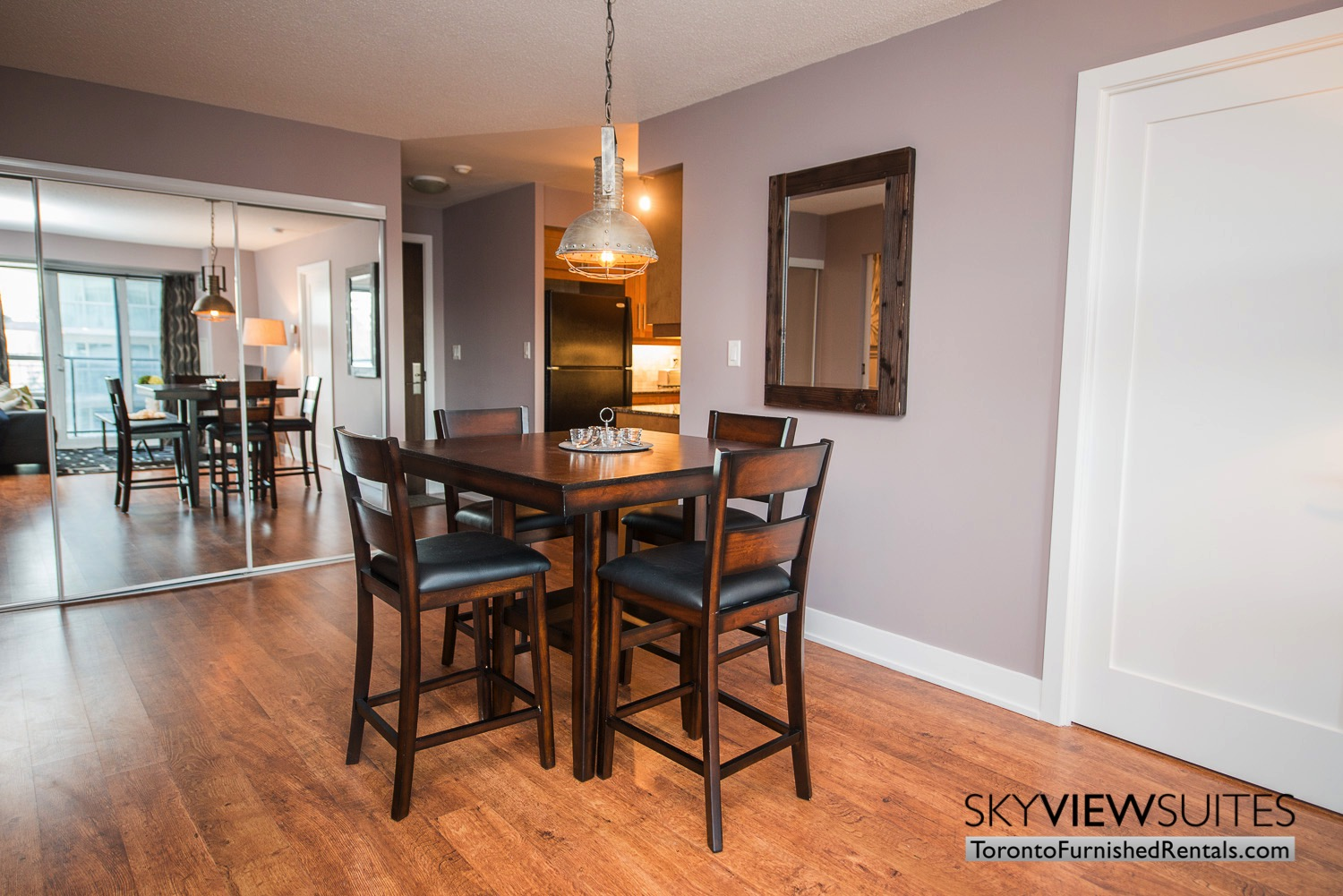 furnished-apartments-dining-entertainment-district