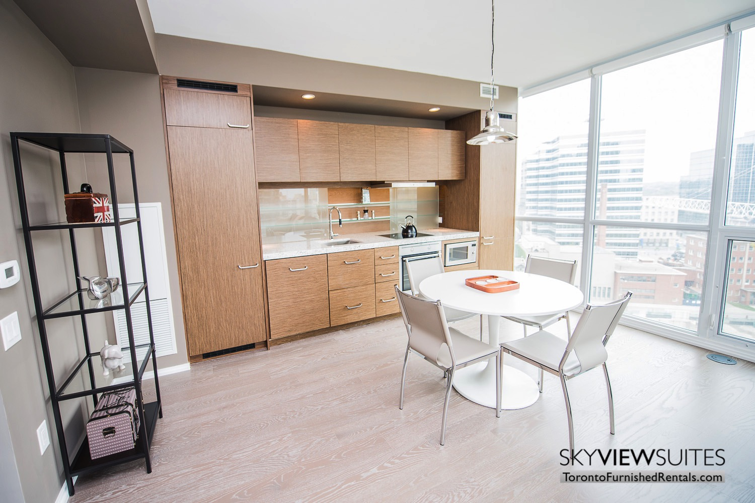 furnished-apartment- ktichen-waterfrontfurnished-apartment- ktichen-waterfrontfurnished-apartment- kitchen-Yorkville