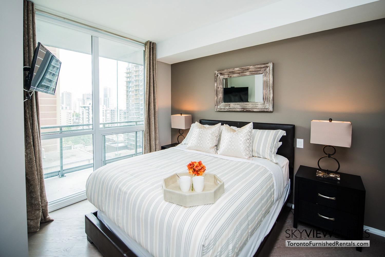 furnished-apartment- ktichen-waterfrontfurnished-apartment- ktichen-waterfrontfurnished-apartment- bedroom-Yorkville