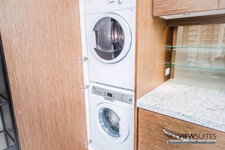 furnished-apartment- ktichen-waterfrontfurnished-apartment- ktichen-waterfrontfurnished-apartment- kitchen-Yorkville