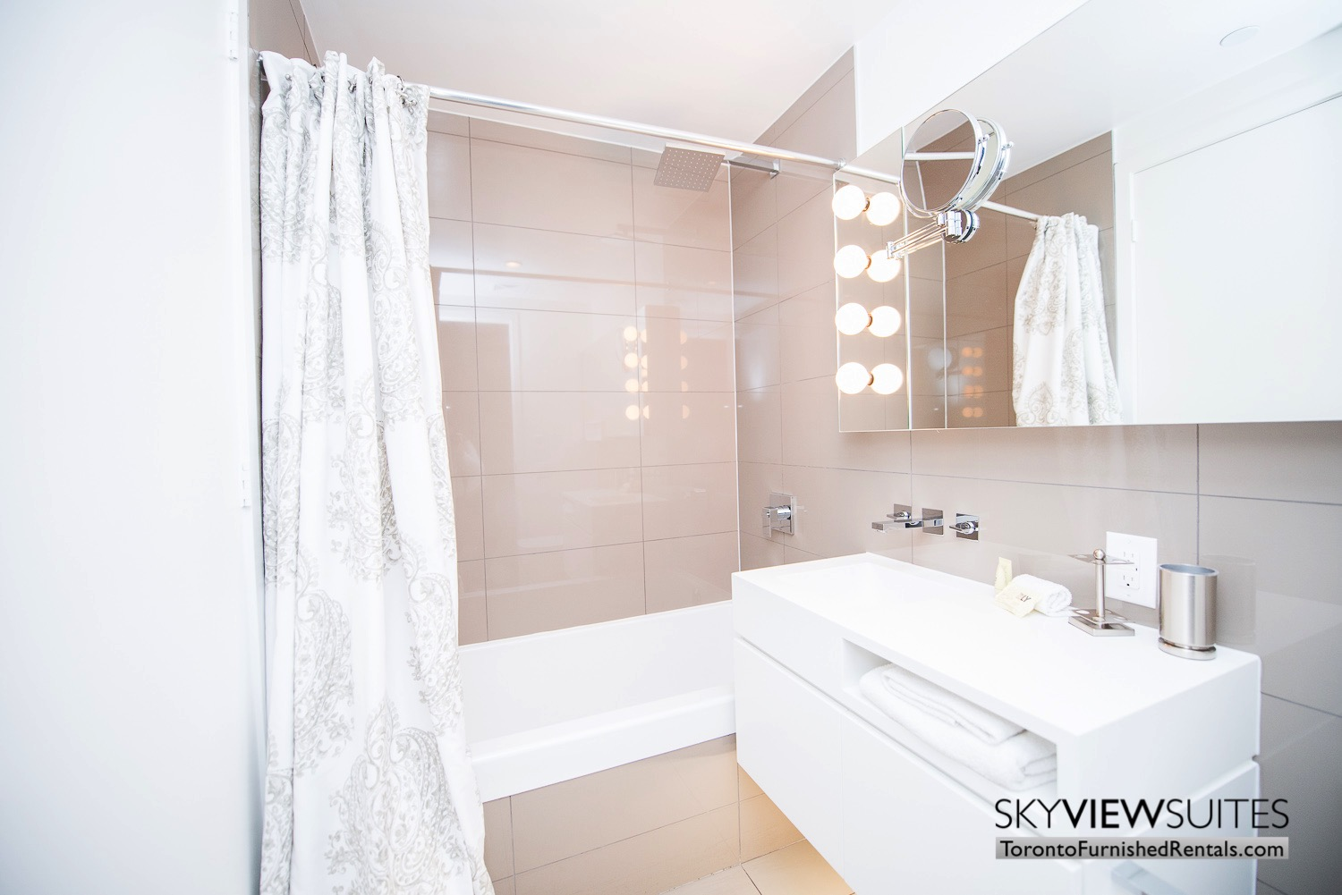 corporate rentals Yorkville toronto bathroom