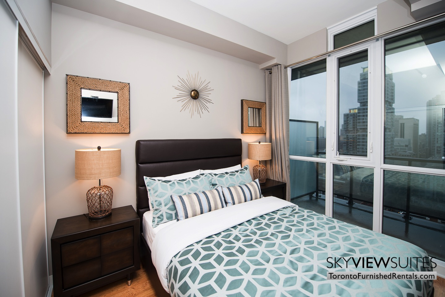 furnished-rentals-toronto-bedroom-financial-district