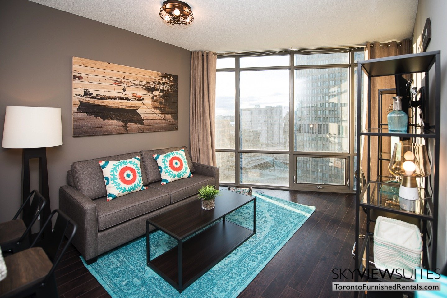urnished-apartments-toronto-living-room-bay-and-college
