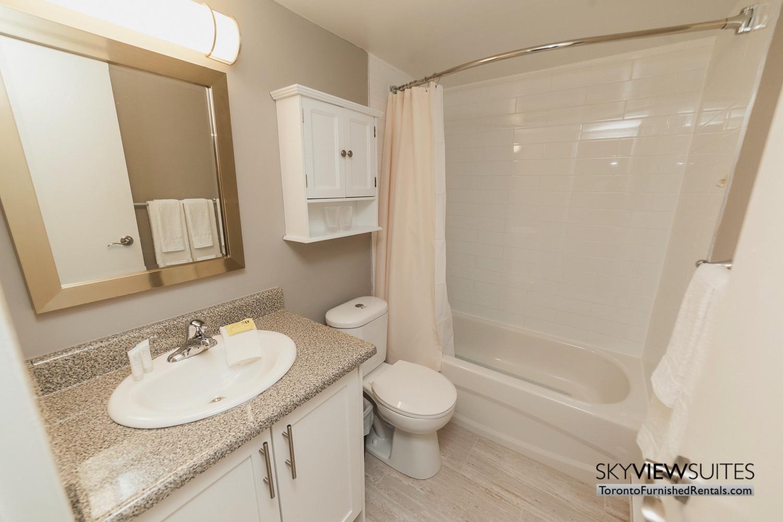 short-term-rentals-toronto-bathroom-davisville