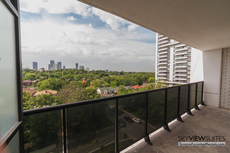 short-term-rentals-toronto-balcony-davisville