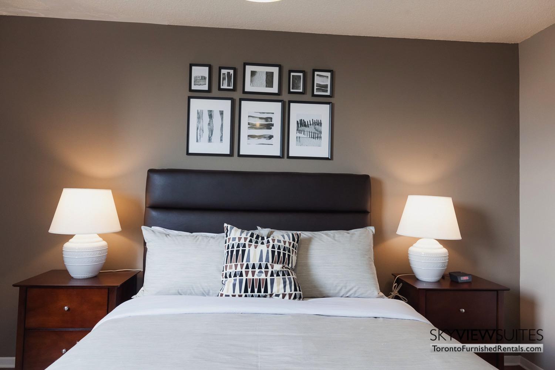 hort-term-rentals-toronto-bedroom-davisville