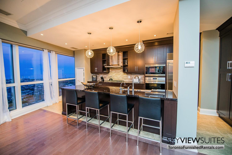 furnished-rentals-toronto-kitchen-bay-college