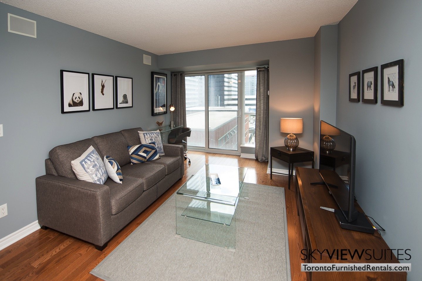 Wellington and Blue Jays Way executive rentals toronto living room