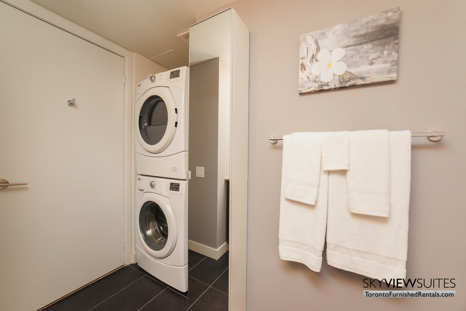 King west corporate rentals toronto washing machine