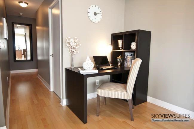 short-term-rentals-toronto-living-room-yonge-dundas