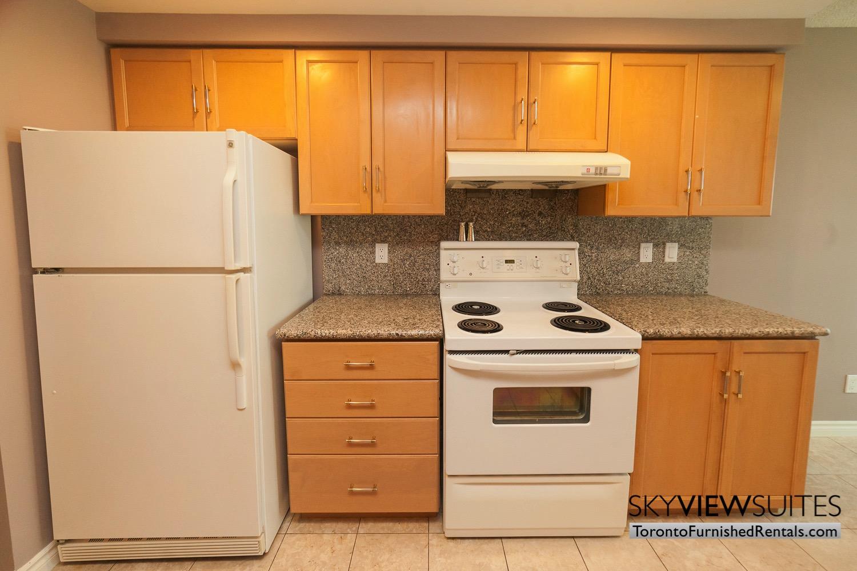 short-term-rentals-toronto-kitchen-financial-district