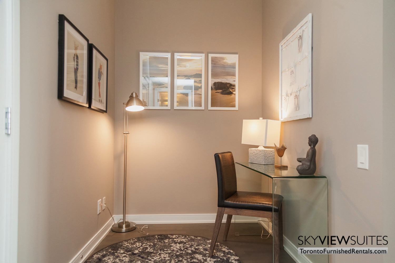 furnished-apartment- living-room-bay-and-bloor