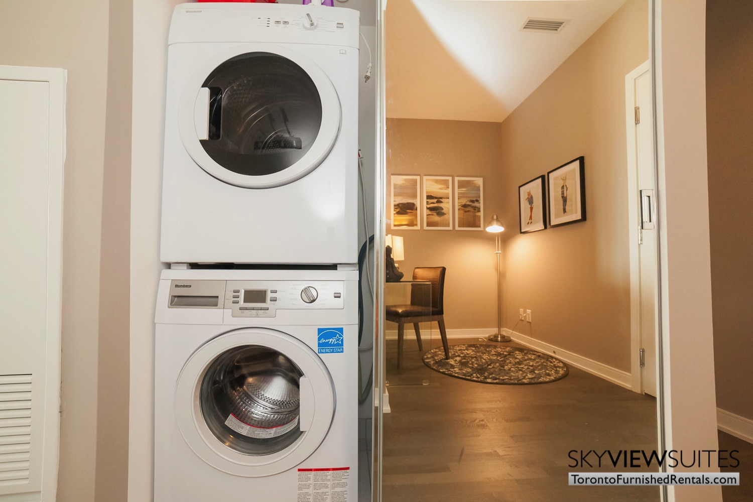 furnished apartments toronto Varsity washer dryer