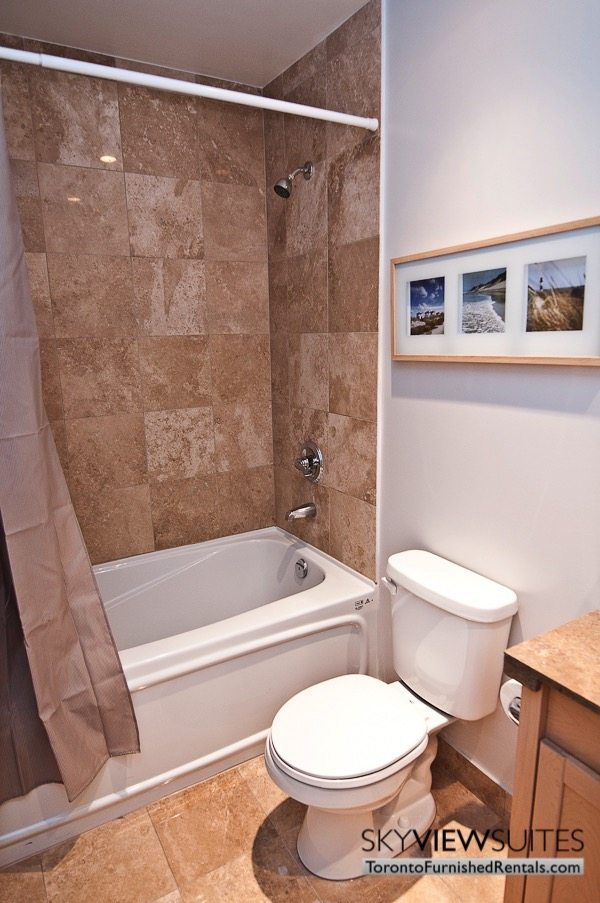 furnished-apartment- bathroom-waterfront