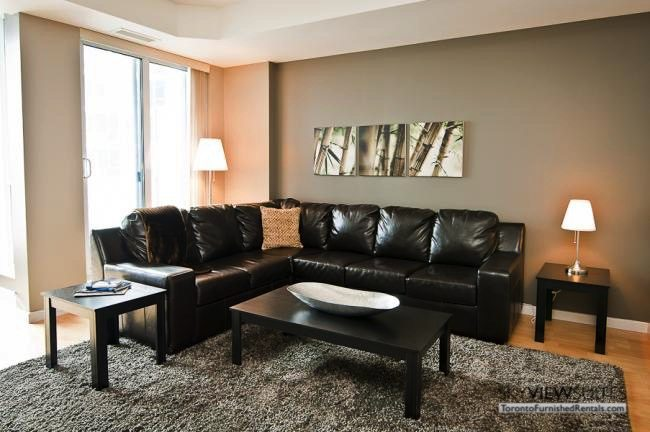 furnished-apartment- livingroom-waterfront