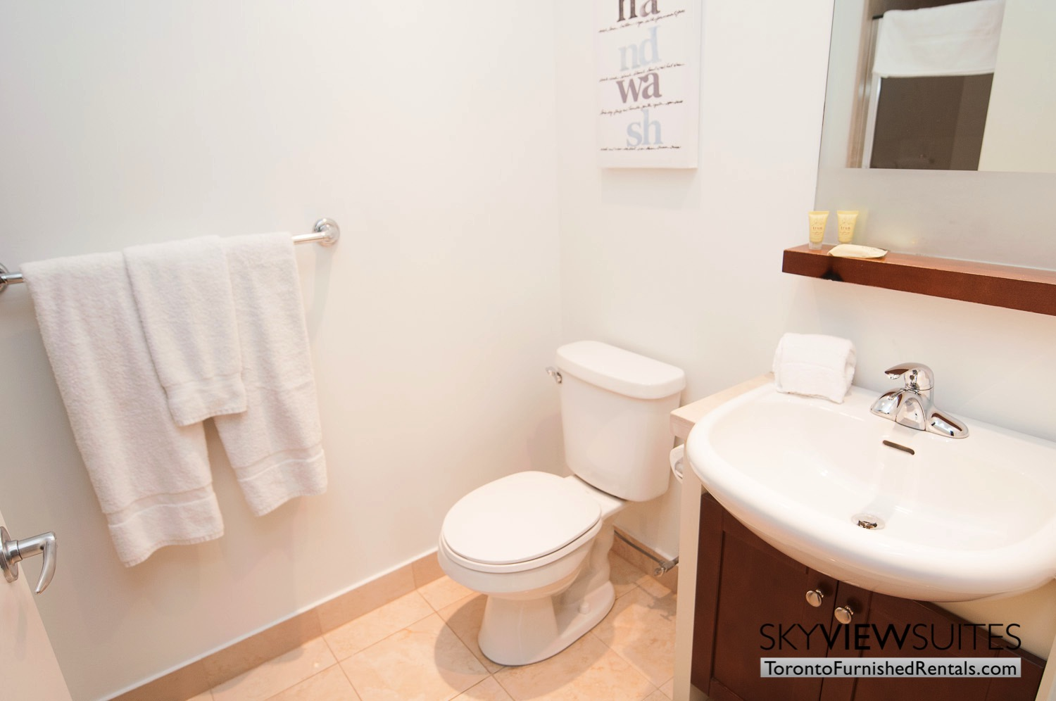 furnished rentals toronto waterfront bathroom