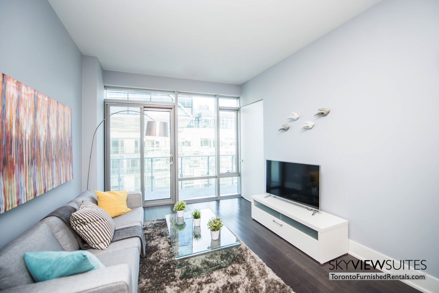executive rentals toronto 39 Queens Quay television