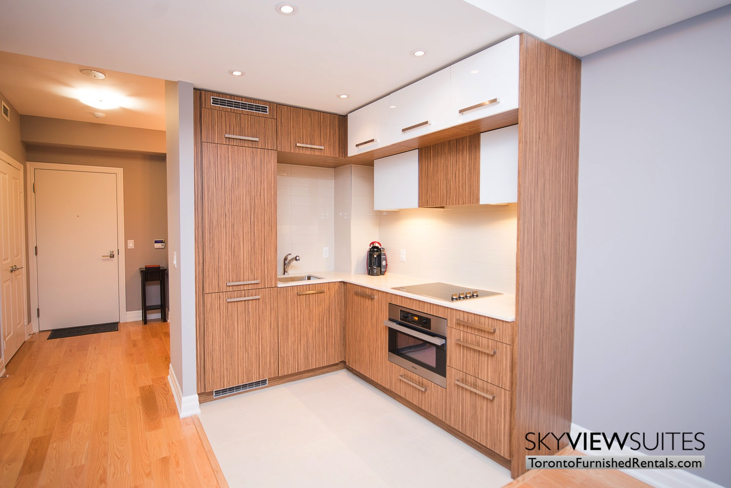 Yonge & Front serviced apartments toronto kitchen