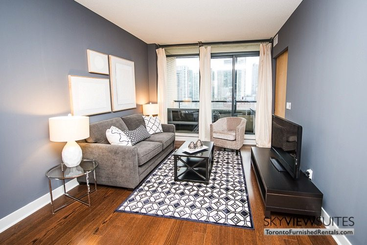 The hudson 1 bedroom den furnished apartment for One bedroom apartment with den