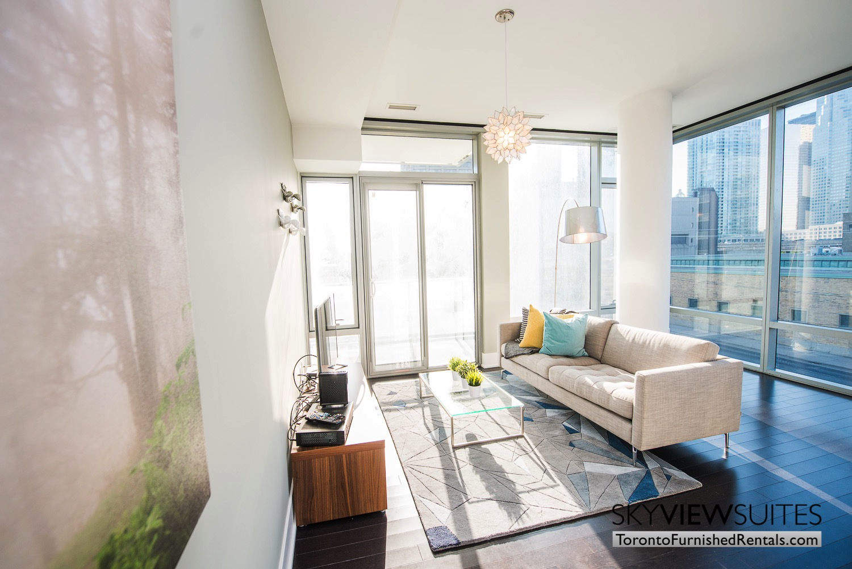 39 Queens Quay toronto corporate housing living room