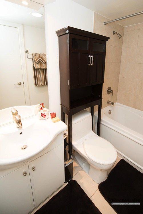 corporate rentals toronto Avondale bathroom