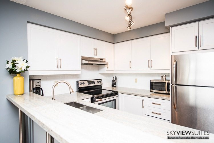 serviced apartments toronto marina del ray kitchen with oven microwave and fridge