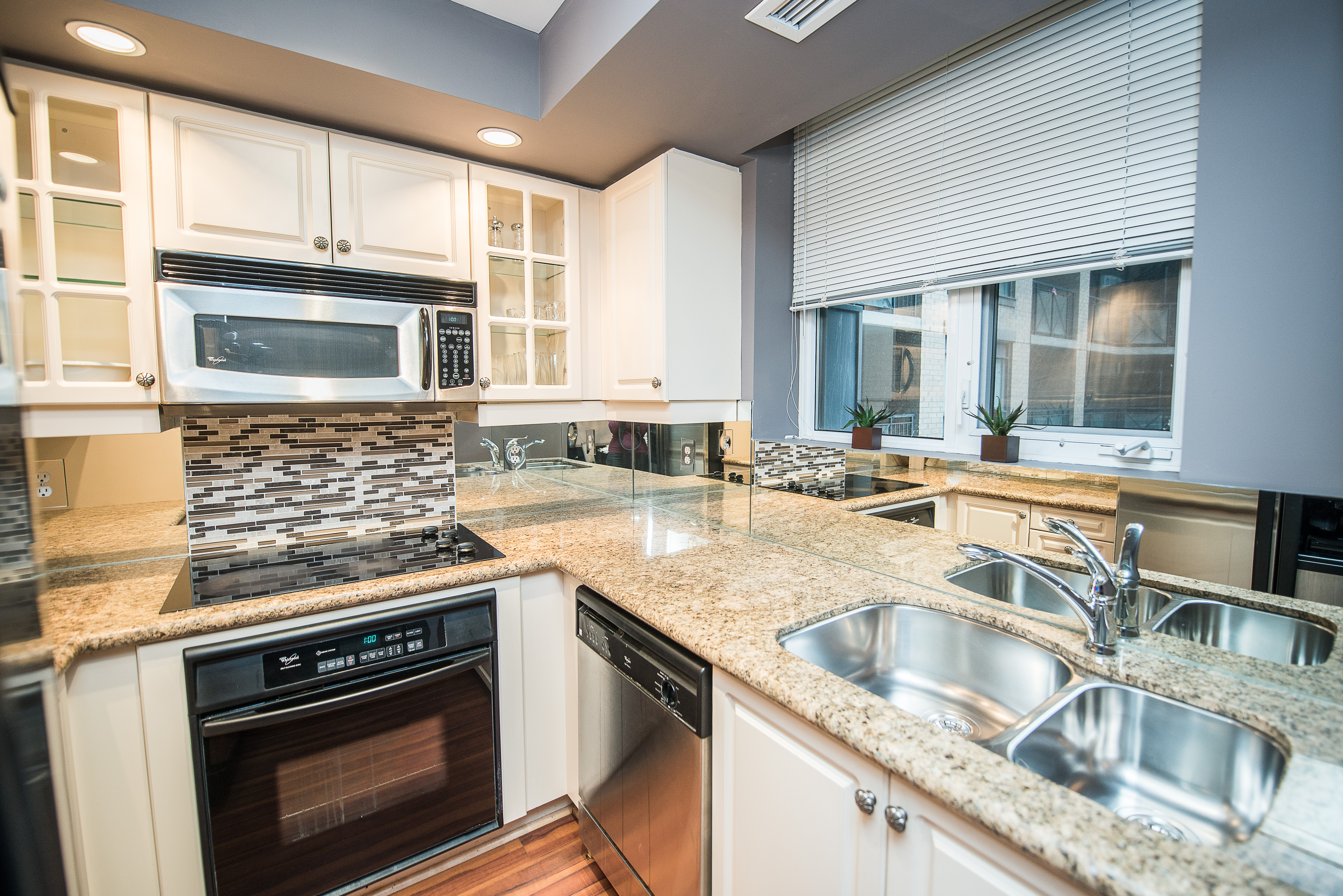 serviced apartments toronto financial district kitchen sink