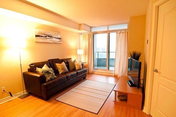 corporate rentals toronto empire living room