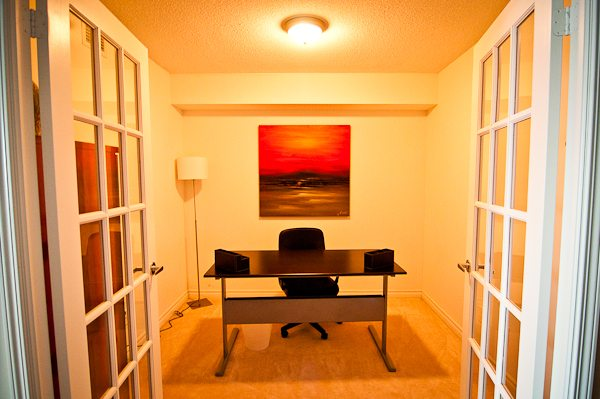 corporate rentals toronto empire den with desk