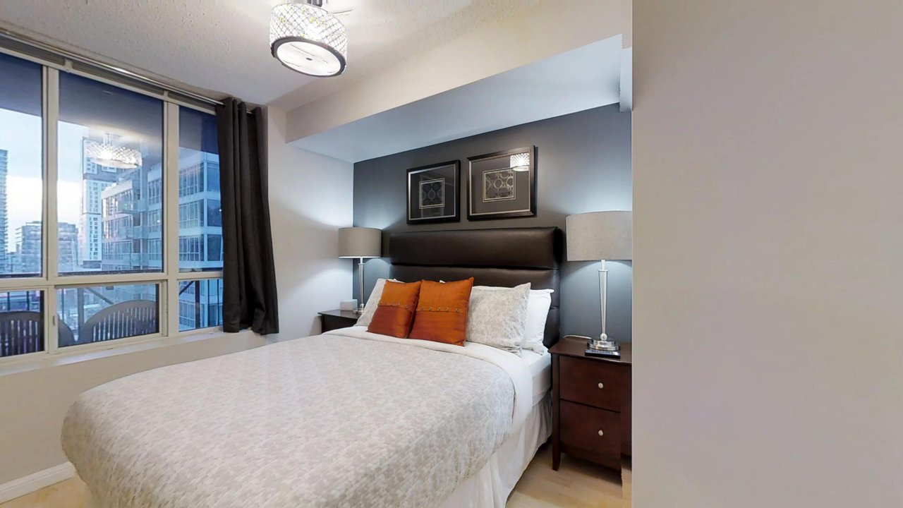 furnished apartments toronto university plaza bedroom