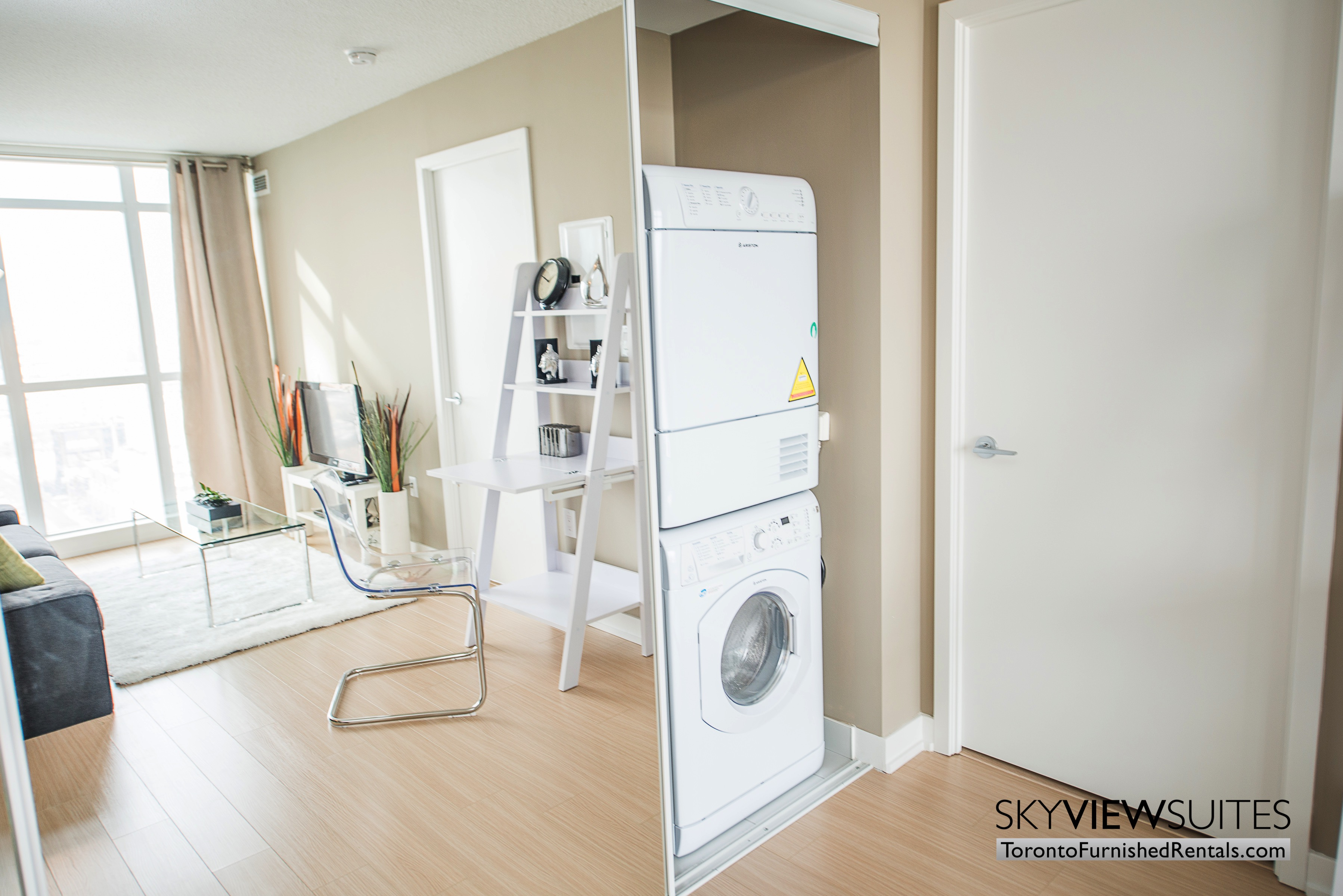 furnished apartments toronto parade mirror and washer/dryer machine