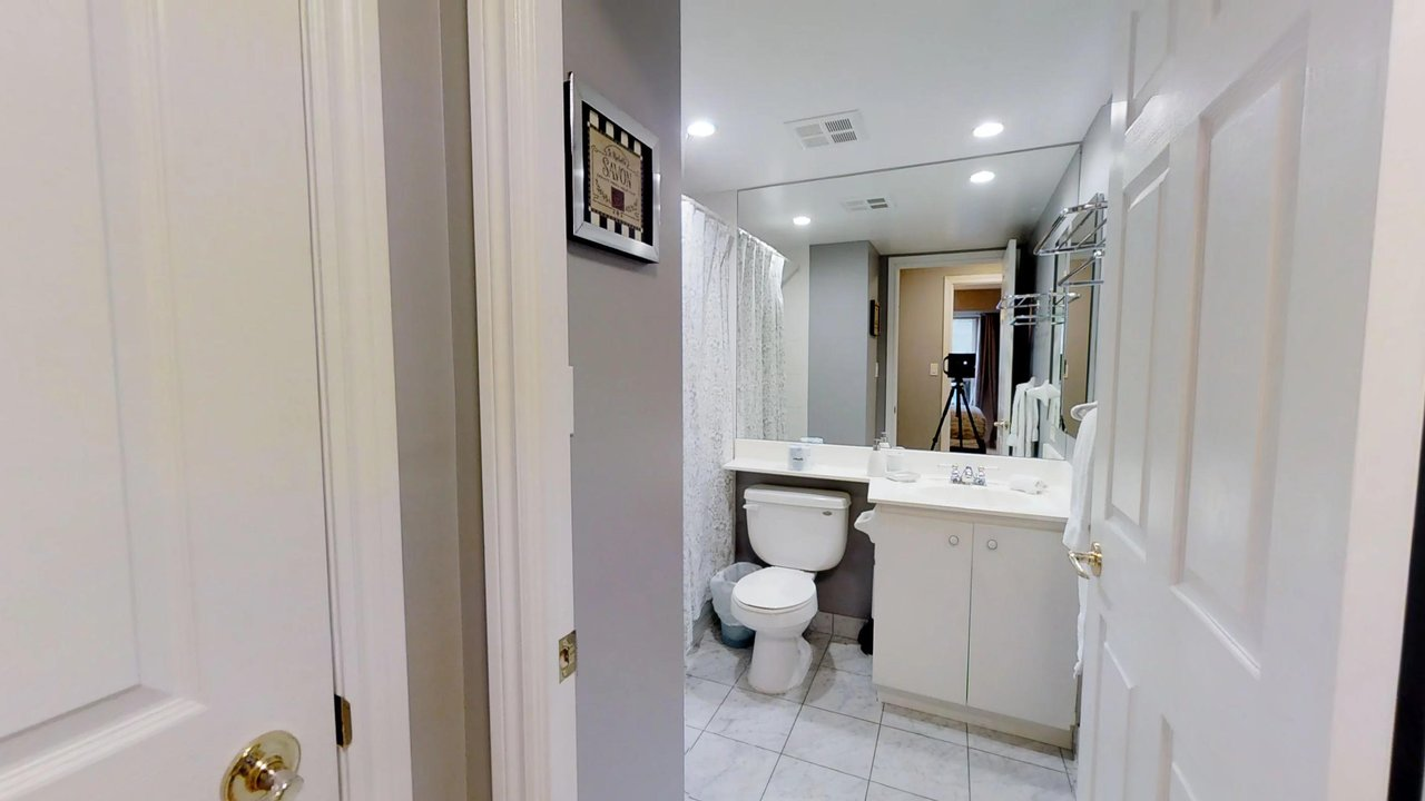 furnished apartments toronto QWEST bathroom