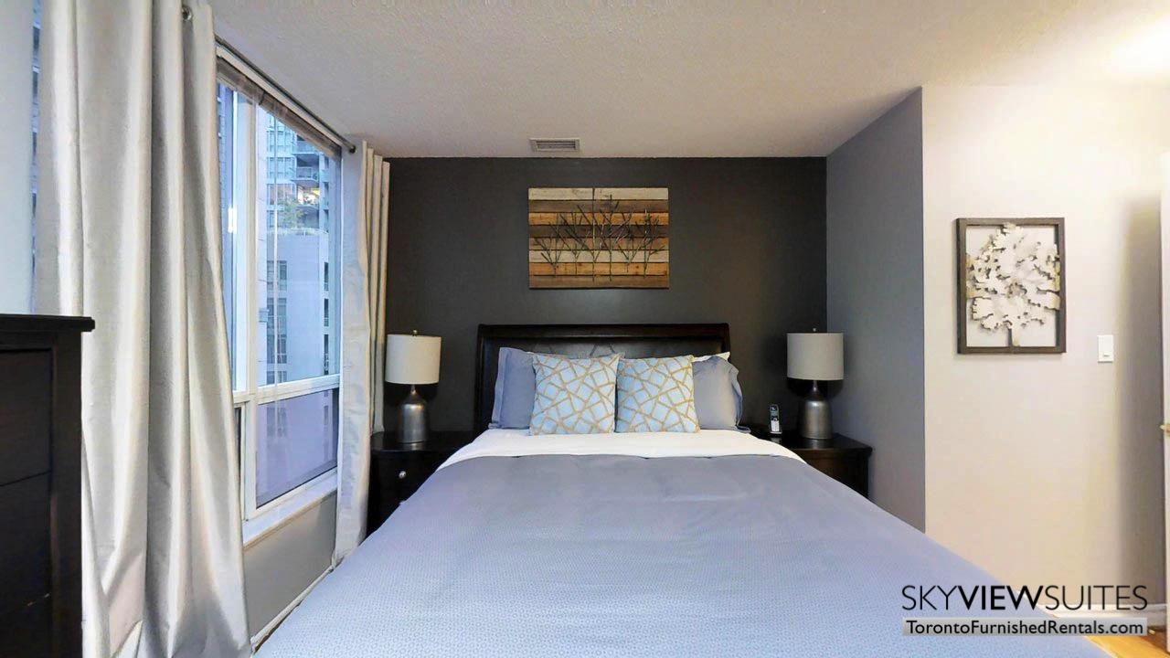 short term rentals toronto qwest bedroom with art