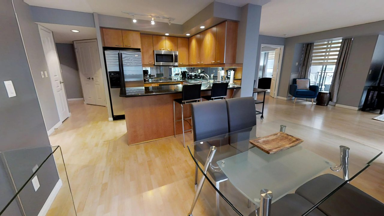 corporate housing toronto university plaza living room and kitchen counter