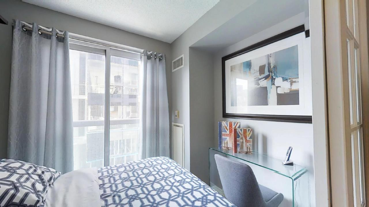 toronto furnished apartment murphy bed near queen and university