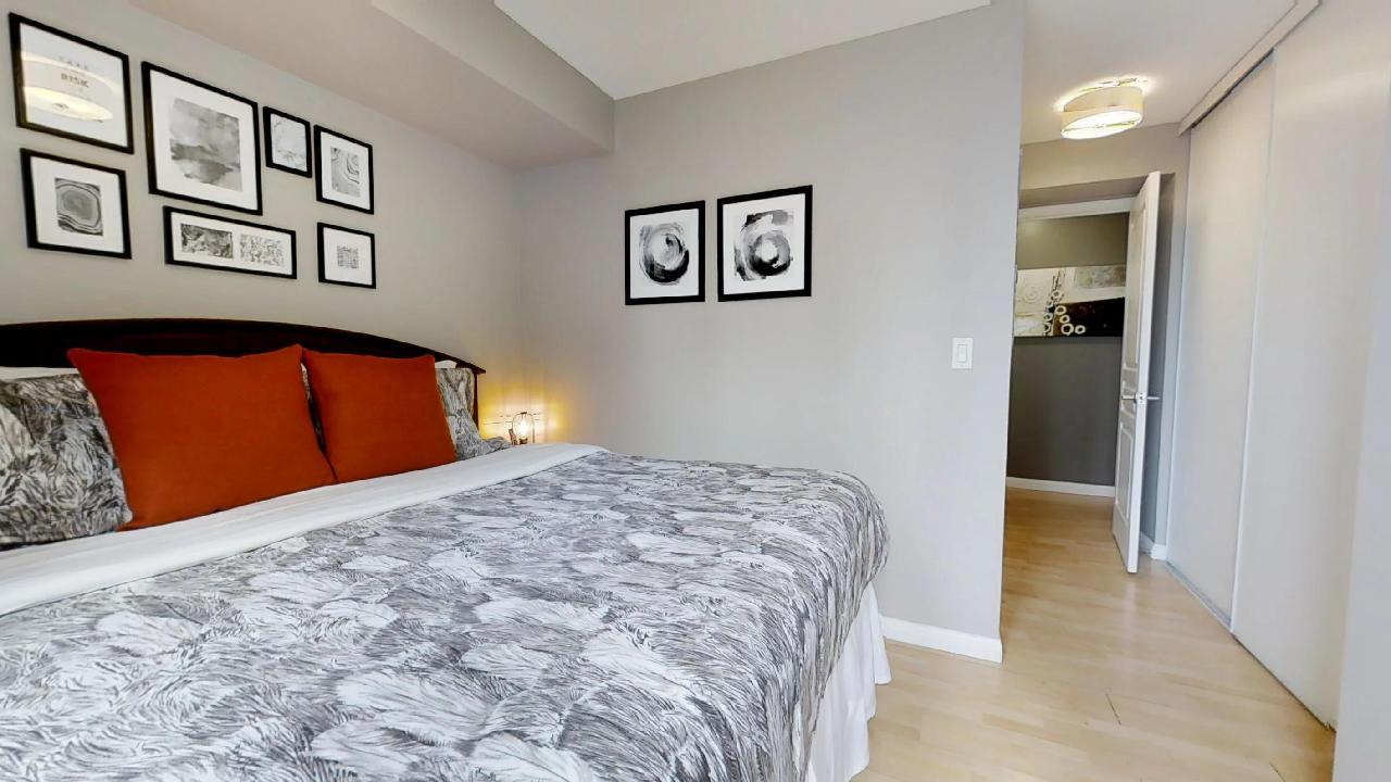 furnished bedroom in toronto apartment near osgoode station