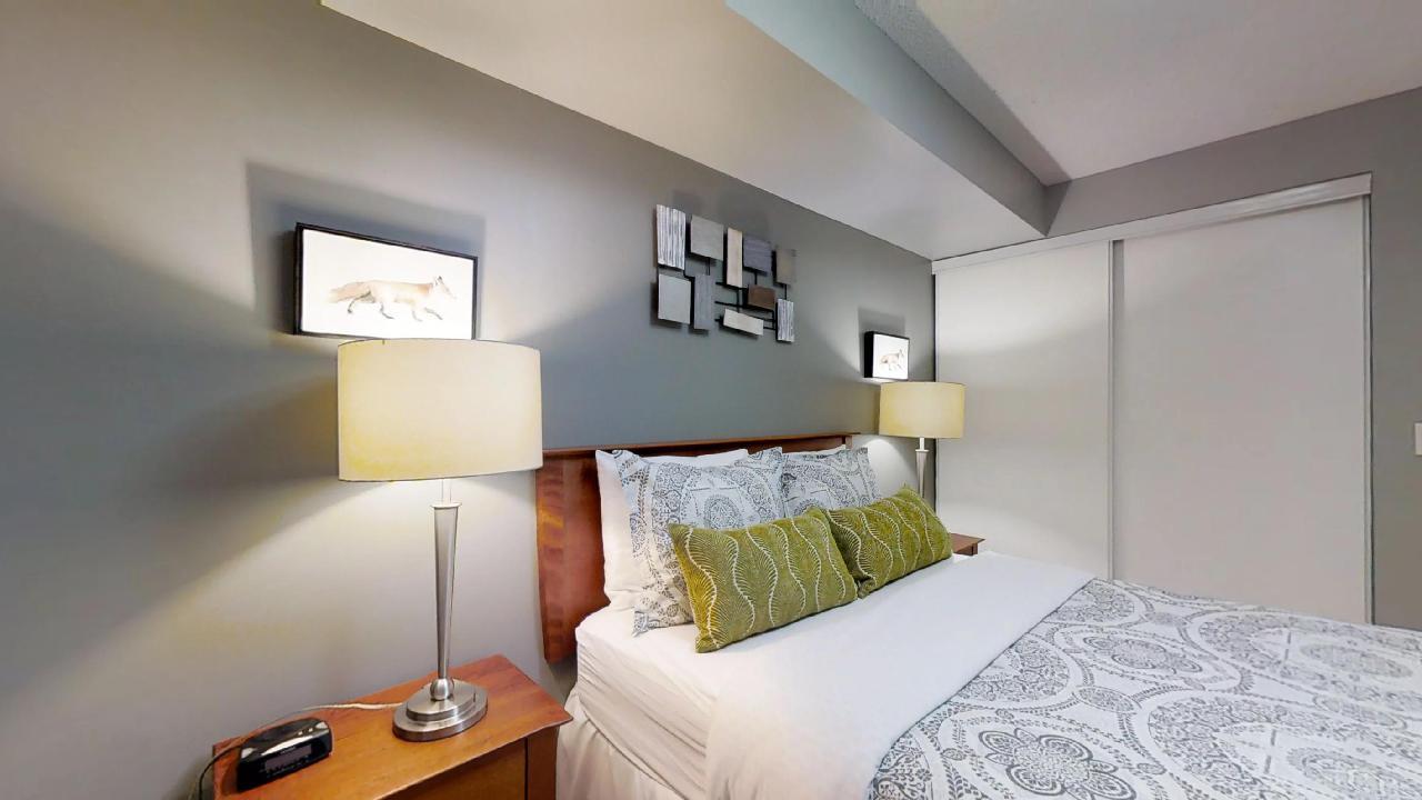 University Plaza Bedroom toronto furnished apartment